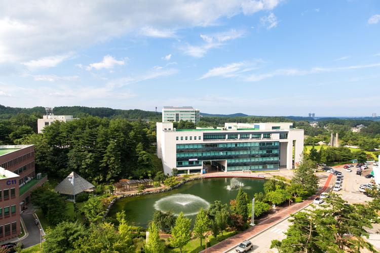 강릉캠퍼스 도서관