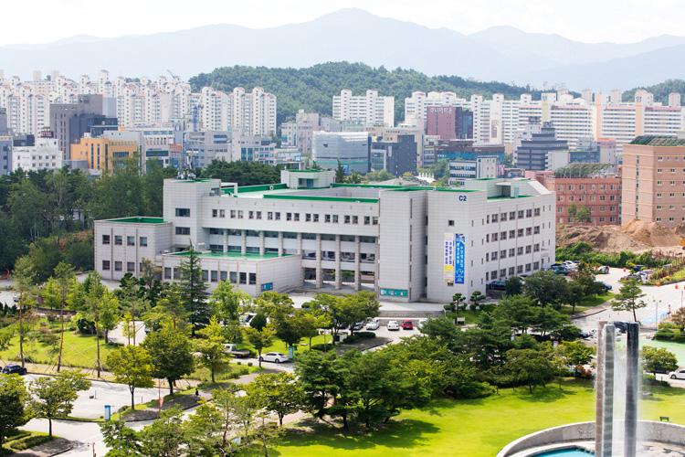 강릉캠퍼스 인문관